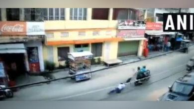 Photo of Miscreants loot Rs 2.5 lakh in Hajipur, drag man for 100m on bike