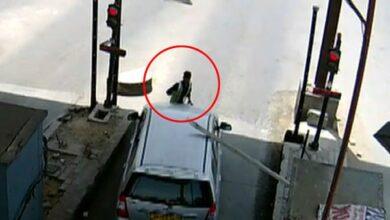 Photo of 2 held in Kherki Daula toll plaza incident