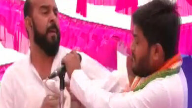 Photo of Hardik Patel slapped during rally in Surendranagar
