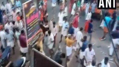 Photo of Kerala: LDF-UDF workers clash in Kollam