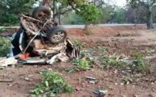 Maoists set vehicles ablaze in Jharkhand