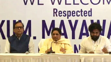 Photo of BSP's new ally Pawan Kalyan roots for Mayawati as PM