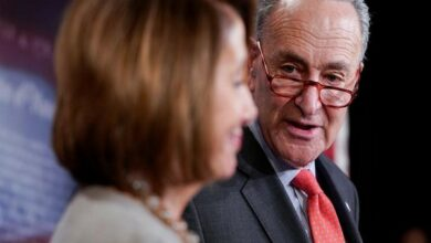 Photo of Stark differences between Mueller and Barr's conclusions, say Pelosi and Schumer