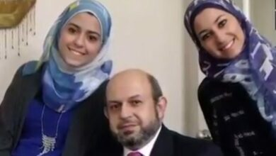 Photo of Father who lost two daughters in 'hate crime' defends 'Islam'