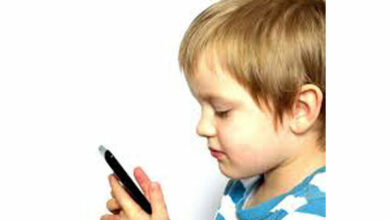 Photo of Parents must keep track of their preschoolers' screen time