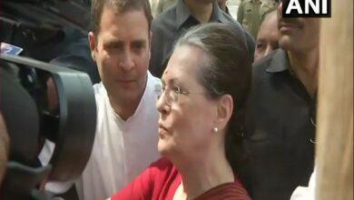 Photo of Sonia Gandhi files nomination from Rae Bareli, says Modi not invincible
