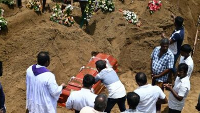 Photo of Sri Lanka blasts: Grieving island nation begins burying victims