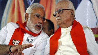 Photo of Advani's forehand gets PM Modi's crosscourt backhand