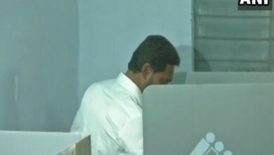 Photo of AP: Vote without fear, says Jagan after casting vote