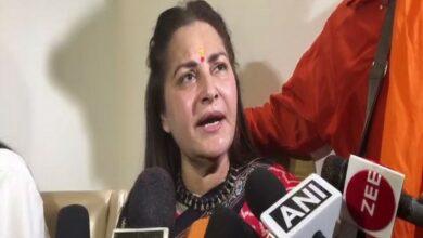 Photo of Azam Khan should not be allowed to contest polls: Jaya Prada