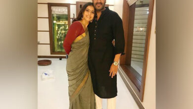 Photo of Kajol wishes Ajay Devgn on his birthday in a hilarious post