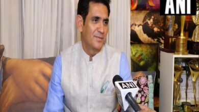 Photo of 'PM Narendra Modi' to not release on Friday, confirms Omung Kumar