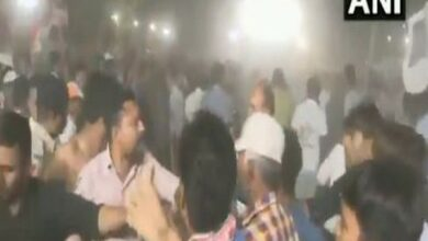 Photo of Scuffle breaks out at Hardik Patel's public meeting in Ahmedabad
