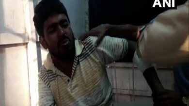 Photo of 3 TMC workers injured after bomb hurled at them in Murshidabad