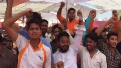 Photo of Dadri lynching prime accused, 16 others seen at Yogi's poll rally in Greater Noida