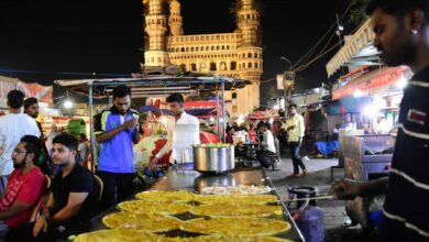 Photo of Hyderabad's roadside eateries struggle with no customers