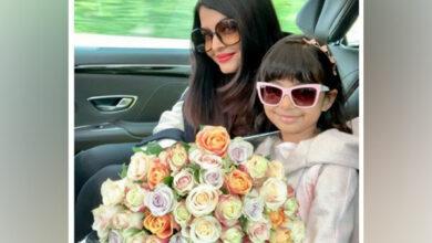Photo of Cannes 2019: Aishwarya Rai Bachchan arrives with daughter Aaradhya