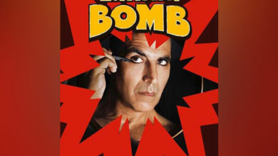 Photo of Akshay Kumar's first 'kohl-eyed' look from 'Laxmmi Bomb'