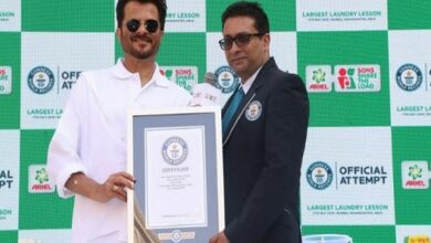 Photo of Ariel India achieves a Guinness World Records certificate for 'Largest Laundry Lesson'