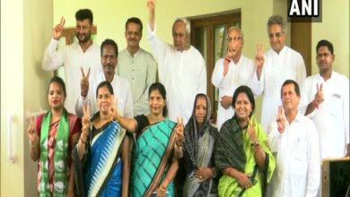 Photo of Newly elected BJD MPs meet Naveen Patnaik