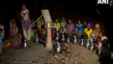Photo of Water scarcity major issue in Valsad, women walk miles for drinking water