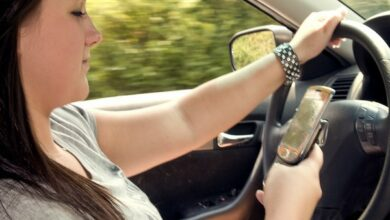 Photo of Millennial-aged parents reported riskier distracted driving behaviour than older parents