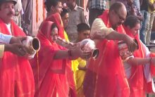 Varanasi: Devotees gather to celebrate 'Ganga Saptami'