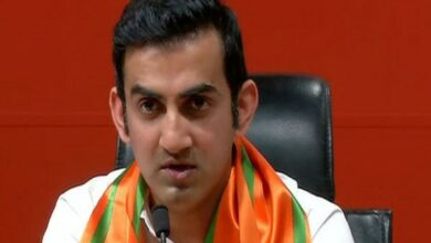 Photo of Gambhir deplores Muslim man's harassment, gets lesson on secularism