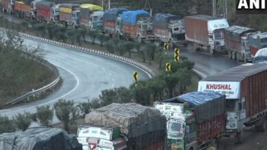 Photo of Highway curbs on civilian traffic in J&K only on Sundays