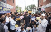 Srinagar: Valley erupts against rape of 3 year old in Bandipora