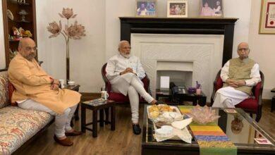 Photo of PM Modi, Amit Shah visit LK Advani, MM Joshi after massive victory