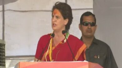 Photo of No work, only talk in last 5 yrs: Priyanka hits out at PM Modi