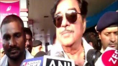 Photo of Graft allegations against Rahul, Priyanka baseless: Shatrughan Sinha