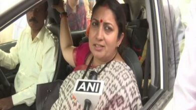 Photo of Irani gets ailing woman admitted to hospital in Amethi