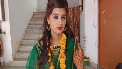 Photo of Decked up bride-to-be casts her vote in Madhya Pradesh's Vidisha