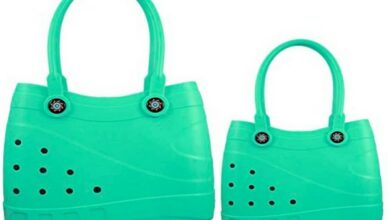 Photo of A Crocs-inspired handbag? Here's how it feels