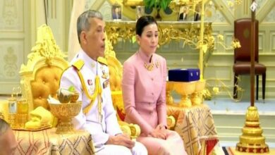 Photo of Thai King Rama X declares bodyguard his new queen, days before coronation