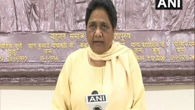 Photo of BJP treated Azhar as guest, now wants votes in his name: Mayawati