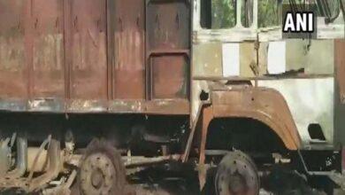 Photo of Maharashtra: Naxals call for bandh, torch truck in Gadchiroli