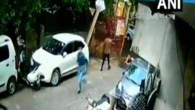 Photo of Man shot at by unknown assailants in Delhi's Rohini