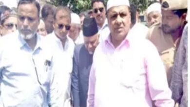 Photo of Saleem assures reconstruction of Masjid-e-Ek Khana
