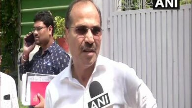 Photo of Adhir Ranjan Chowdhury questions Mamata's seriousness in fight against BJP