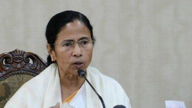 Photo of Mamata announces compensation to men pushed off train for not chanting 'Jai Shree Ram'