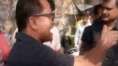 Photo of Two BJP leaders engage in verbal spat in presence of Union Minister