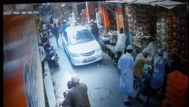 Photo of Honda City rammed into a crowd of Namazis after eid prayers