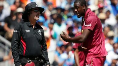 Photo of Carlos Brathwaite fined for showing dissent at umpire's decision