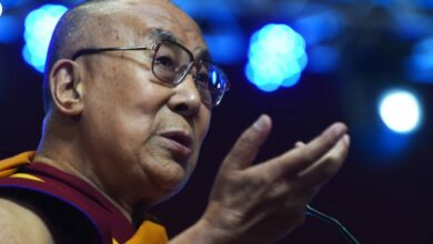 Photo of Trump 'lacks moral principle': Dalai Lama