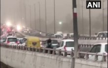 Dust storm hits Delhi brings respite from scorching heat