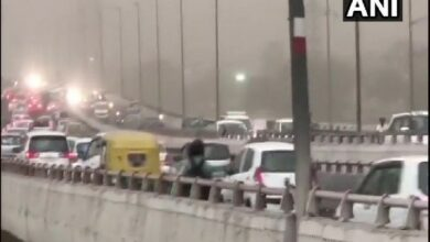 Photo of Dust storm hits Delhi brings respite from scorching heat