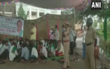 Bengaluru: Mandya farmers' protest over water crisis enters 6th day